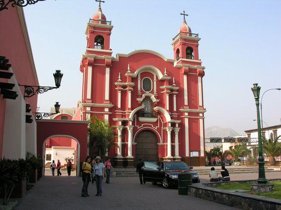 Pink church in Lima Santa Rosa