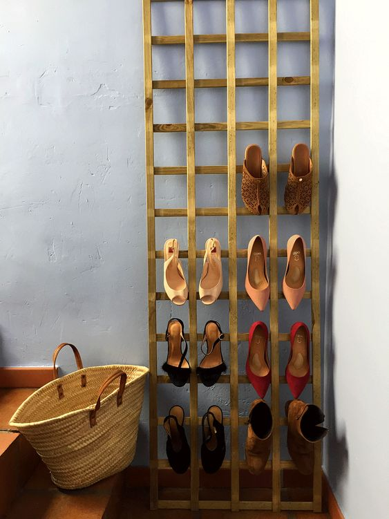 Trellis into a Shoe Rack