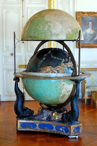 Globe - Palace of Versailles