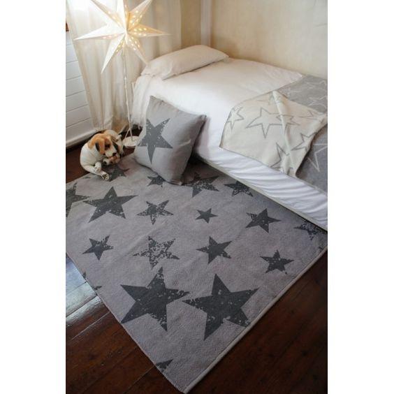 Vintage Teppich mit Sternen, grau, mit passendem Kissen, 100% Baumwolle, 120 x 160 cm, Lorena Canals