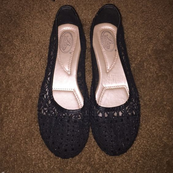 Black flats Brand new Shoes Flats & Loafers
