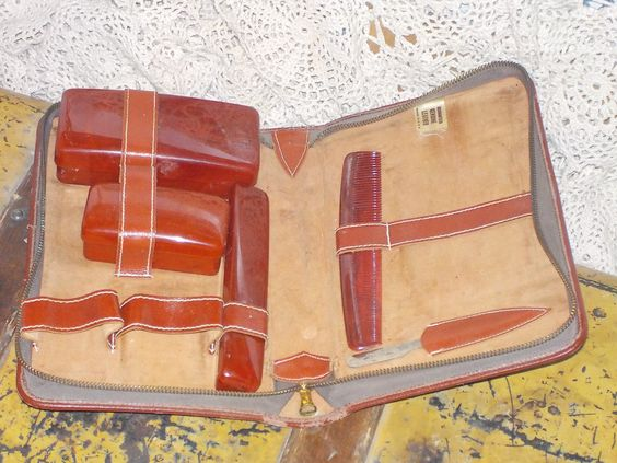 Vintage Traveling Genuine Leather Travel Case by Daysgonebytreasures on Etsy