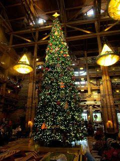 Tips from the Disney Divas & Devos: Top 10 Reasons for Visiting Walt Disney World at Christmas
