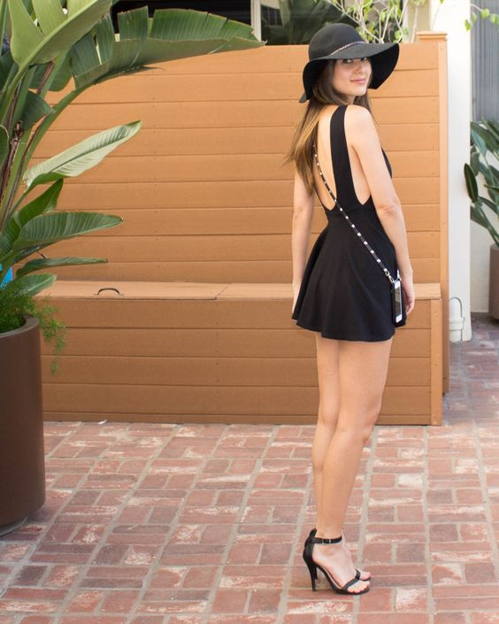 American Apparel style that's perfect for summer!