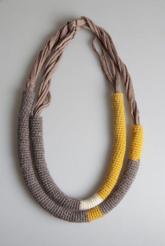 collana in lana e cotone trasformabile  necklace wool cotton