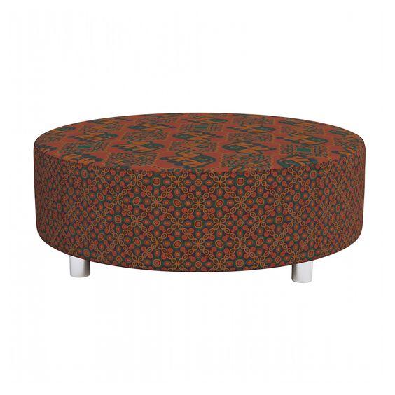 Puff Dalia Elefante Composê: http://www.puffsdealessa.com.br/produto/puff-dalia-elefante-e-compose-197 Tecidos exclusivos vestem este modelo que funciona também como mesa de centro para sala. C x A x L (cm): 80 X 80 X 30.
