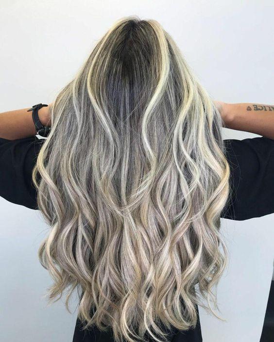 cabelos com loiro perolado essencial