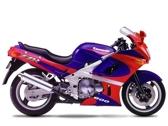 Kawasaki ZZ-R600 (1993) - meine alte Maschine! :-) sogar die Lackierung stimmt (fast).