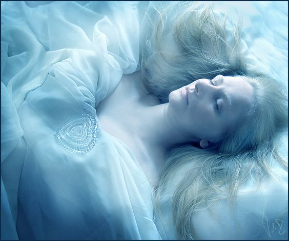 Loredana - Heart of Glass by ValentinaKallias.deviantart.com