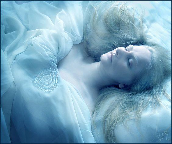Loredana - Heart of Glass by ValentinaKallias.deviantart.com