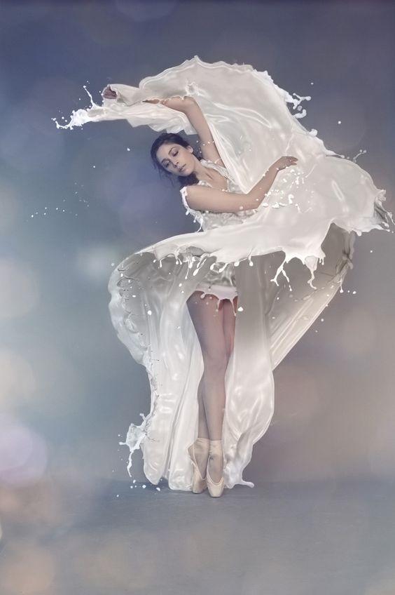 高級後製教學-Photoshop打造動感牛奶噴濺裙子 (請踴躍分享)