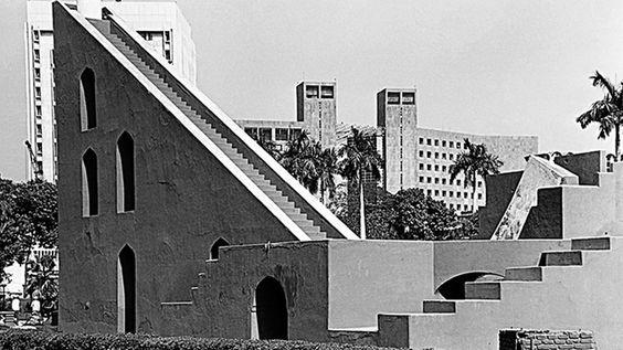 Jantar Mantar (foreground), Life Insurance Corporation building (right background), Bank of Baroda (left background), 1990, Delhi