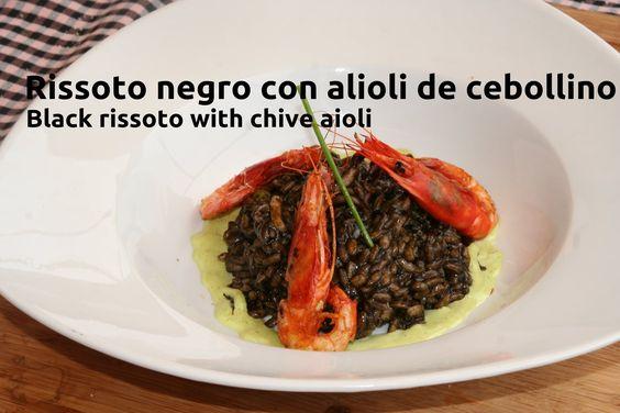 Risotto negro con alioli de cebollino.Oh my Cook!.(Con video)