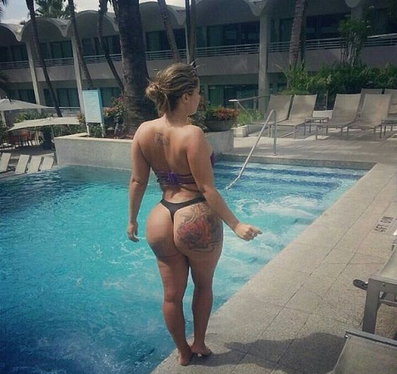 Beira de piscina
