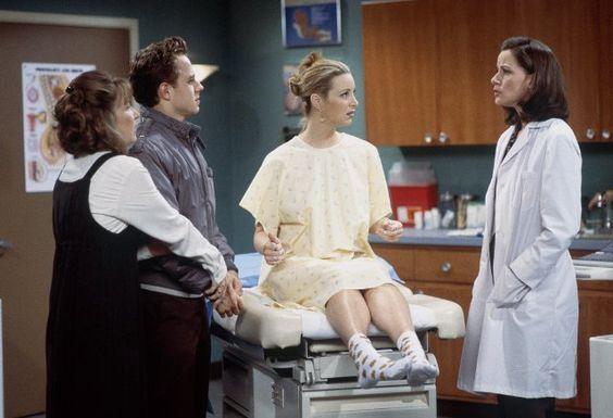 Still of Giovanni Ribisi, Lisa Kudrow, Cindy Katz and Debra Jo Rupp in Friends (1994)