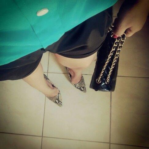 Look de hoje com bolsa Chanel e shorts Zara!!