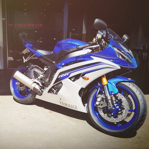 Closed the deal yesterday ready for collection today... the chick-magnet Yamaha YZF-R6!  . #Yamaha #weR1 #YZF #R1M #R1 #R6 #R3 #R25 #R15 #R125 by wankukuhead