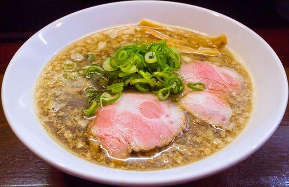 年間800杯食べるマニアが厳選!大阪市の「死ぬほど美味いラーメン ... ⑦「らーめん 香澄」 阿波座