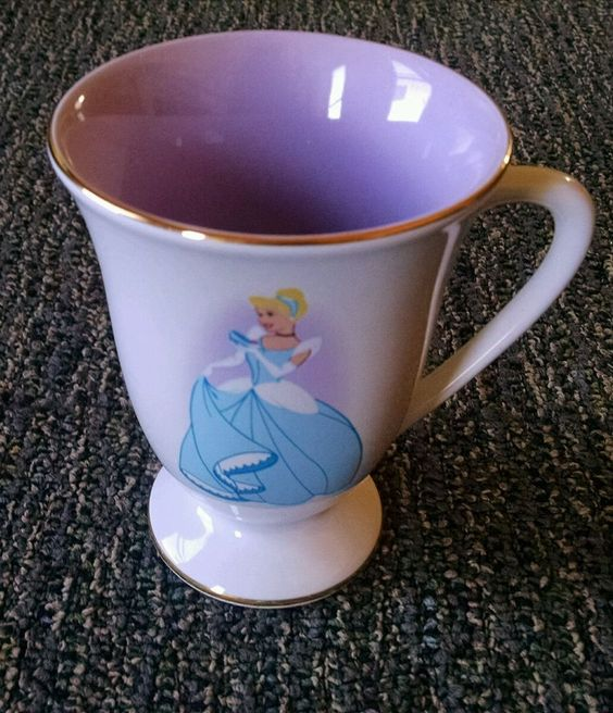 Disney Cinderella Pedestal Porcelain Mug Princess Tea  Coffee Cup Collectible