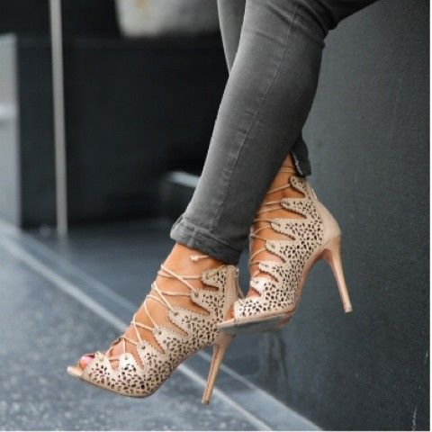 nude strappy sandals | Shoe-Obsessed | Pinterest | Get over it ...
