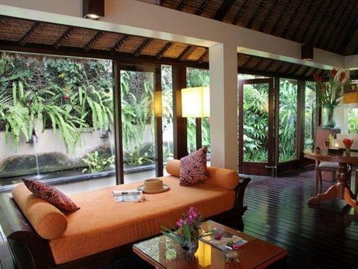 40 Bali Living Room Interior Design At A Glance Dizzyhome Com Balinese Interior Bali Style Home Tropical Interior Design