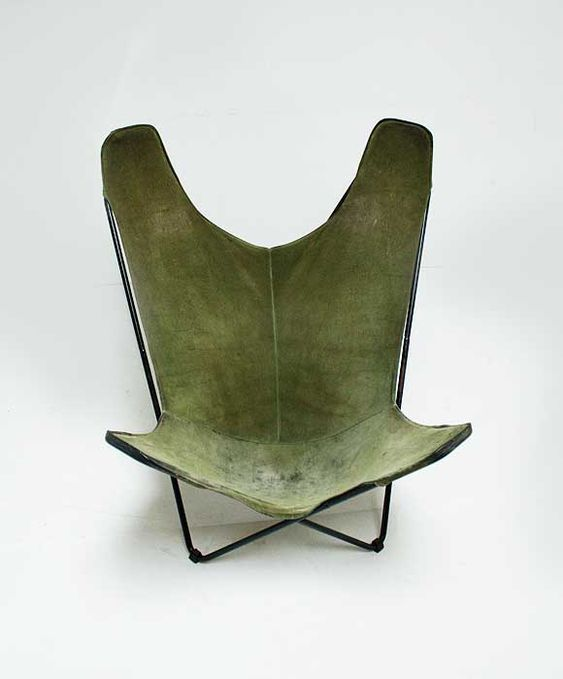 hardoy butterfly chair in green suede 1938 design furniture pinterest butterfly. Black Bedroom Furniture Sets. Home Design Ideas