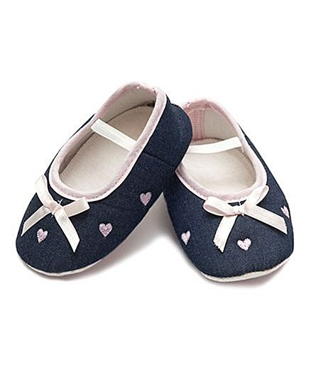 D'chica Shoes Denim Bow and Little Hearts Booties - Blue Pink http://www.firstcry.com/dchica-shoes/dchica-shoes-denim-bow-and-little-hearts-booties-blue-pink/635669/product-detail