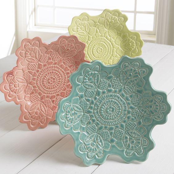 No bake homemade lace pottery. < So pretty!