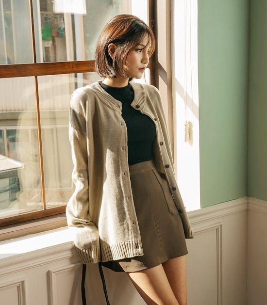 Korean autumn fashion, skirt