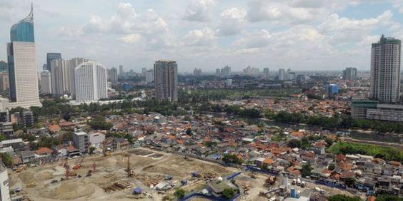 Tidak Dapat Izin Kepemilikan, Properti Indonesia Tetap Diserbu Asing | 08/12/2014 | Status kepemilikanproperti bagi Warga Negara Asing (WNA) belum terbuka sepenuhnya. Namun, bukan berarti WNA tidak dapat membeli properti di Indonesia. Melalui Penanaman Modal Asing (PMA) secara korporasi, ... http://news.propertidata.com/tidak-dapat-izin-kepemilikan-properti-indonesia-tetap-diserbu-asing/ #properti