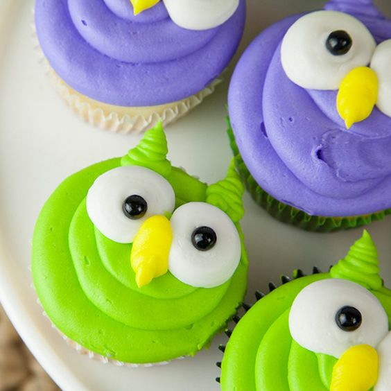 #neon #neoncolor #food #neoncolorfood #cupcakes #neoncupcakes #cupcakedecoration #brightcolor #brightcolorcupcakes