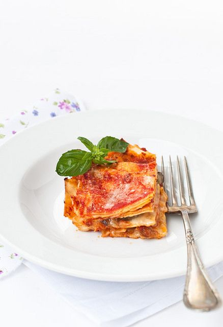 Peperoni e patate: Summer lasagne with fresh tomato and eggplant (scroll down for English)