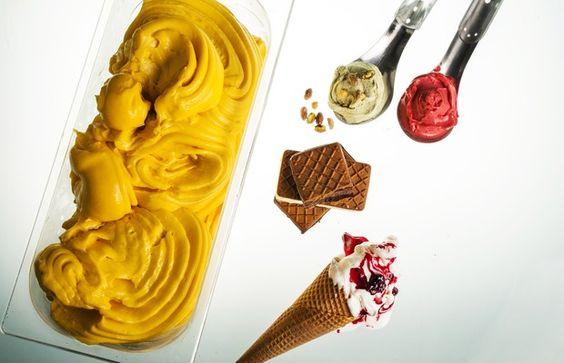 Além dos 30 tipos de sorvetes, a Convívio também oferece bolachas recheadas com o gelato, tortas a base de pão de ló e picolés artesanais (Foto: Felipe Gombossy/Época SP)