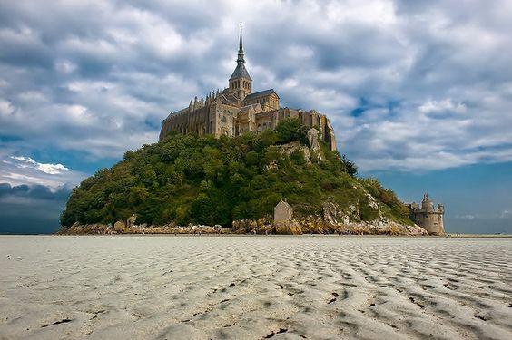 Wanderplaces: Mont Saint Michel, Normandy/ France.