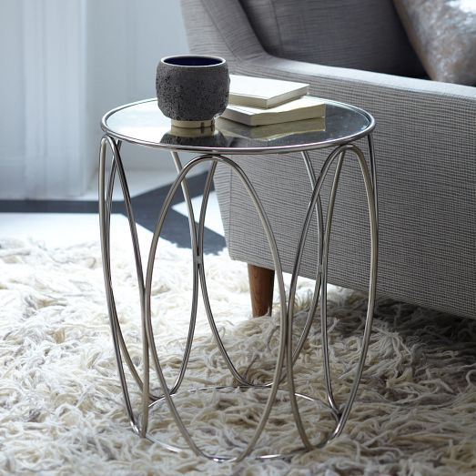 Table for corner between 2 couches