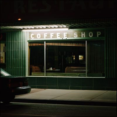 © JEFF BROUWS, Coffee Shop, Battle Mountain, Nevada, 1993 (courtesy of the Robert Klein Gallery)