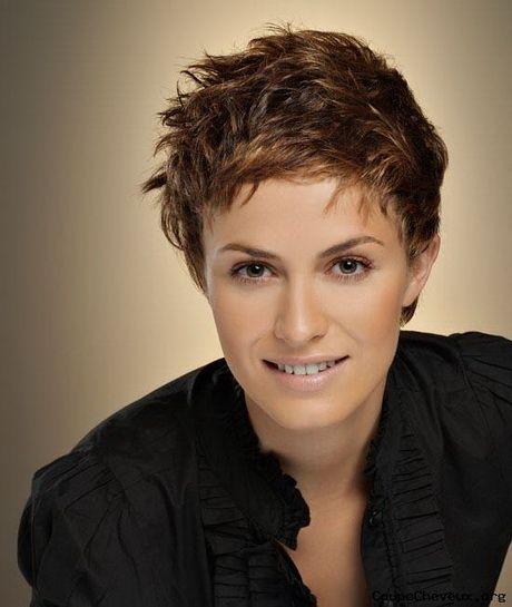 Modele de coupe de cheveux tres courte pour femme - Tina 11/17 ...