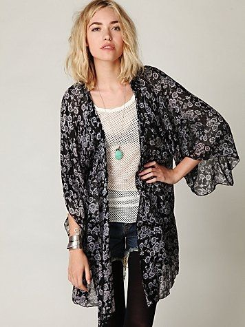 Free People Storytellers Floral Robe at Free People Clothing Boutique - StyleSays