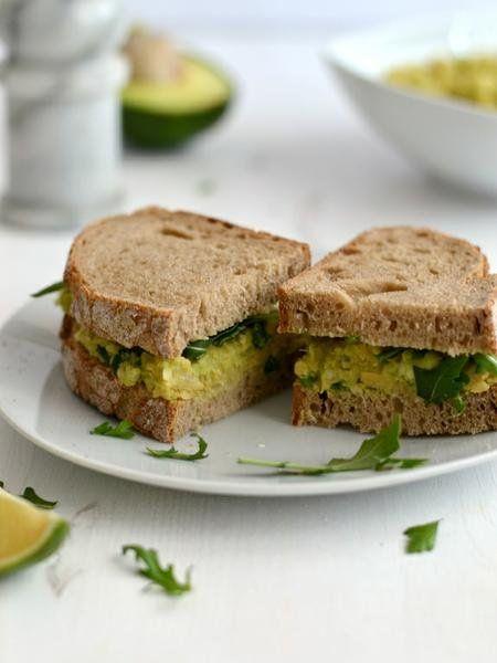 http://www.menuvegano.com.br/article/show/1753/sanduiche-de-grao-de-bico-e-abacate