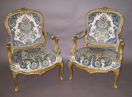 Rococo full scale a miniature world furniture both for French baroque characteristics