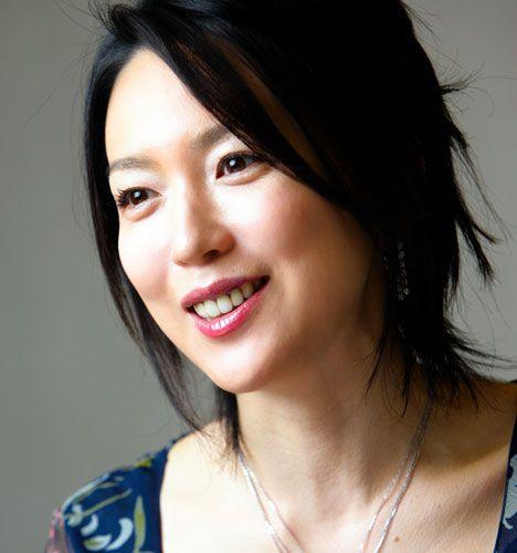 若村麻由美 Mayumi Wakamura