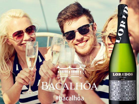 Os melhores vinhos são aqueles que partilhamos com amigos. #bacalhoa #bacalhoamuseu #bacalhoabuddhaeden #aliancavinhos #aliancaundergroundmuseum #quintadosquatroventos #quintadocarmo #palaciodabacalhoa #loridosvintage #wine #winetasting #vinho #winetime #winery #winelover #vineyard #instawine #wineoclock #wineglass