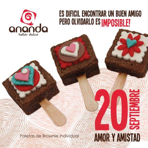 Es dificil encontrar un buen amigo; Pero olvidarlo es imposible! Ananda Taller Dulce tiene para ti la mejor opción para un dulce regalo. Recuerda el 20 de septiembre es el día del amor y la amistad. #tortas #amoryamistad #muffins #cupcakes #brownies