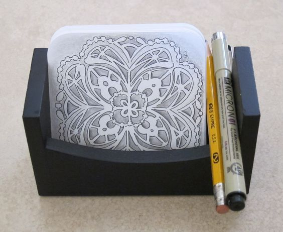 Sue's tangle trips: Displaying your Zentangles