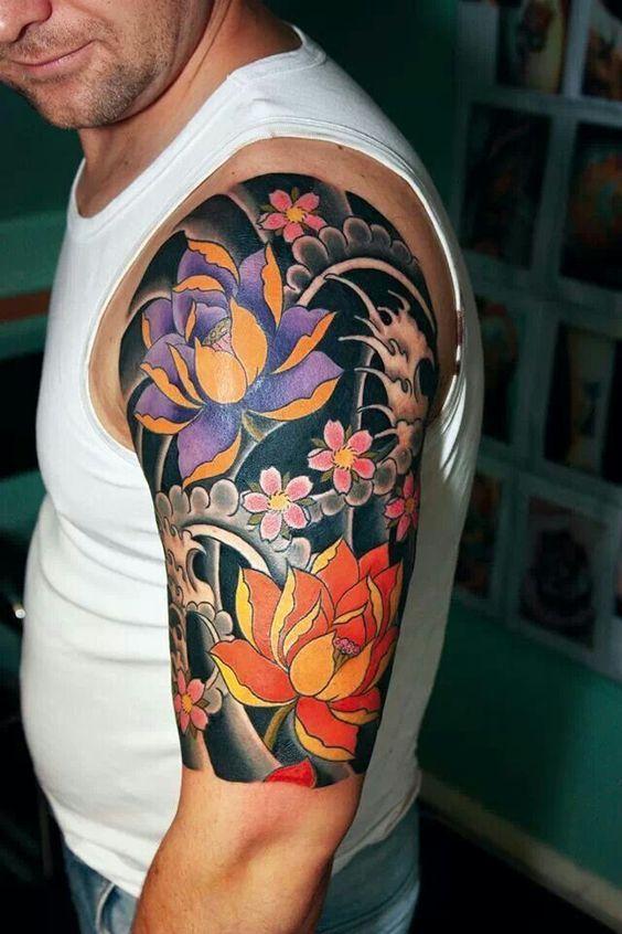 117 Tatuajes De Flores Para Hombres Masculinos Tatuajes Japoneses Brazo Tatuajes Japoneses Tatuaje Japones Flores
