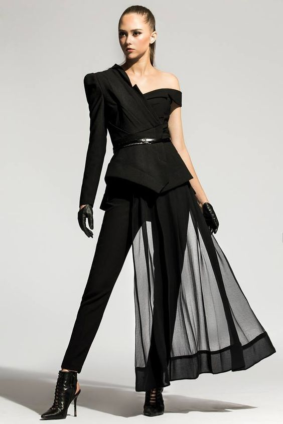 The Most Luxury Brands In The World Available At Luxury Vintage Madrid Fashion Dresses Fashion Outfits Fashion