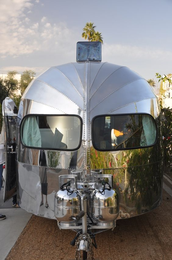 Google Image Result for http://airstreamlife.com/maze/files/2010/02/palm-springs1.jpg