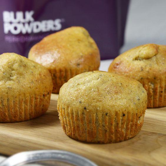 CHIASAMEN-MUFFINMIX Ergibt 12 köstliche proteinreiche Muffins Nur 30 Minuten Vorbereitungs- und Backzeit Enthalten 32 % Protein und sind reich an Ballaststoffen