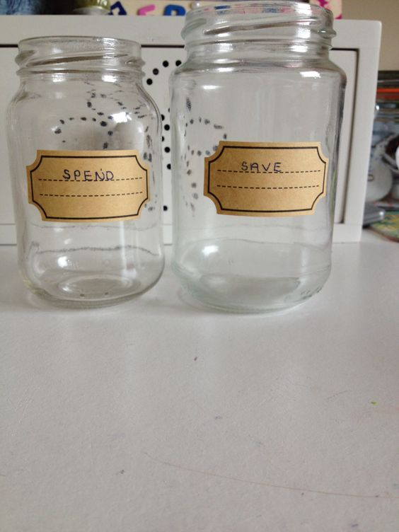 Spend and save jars, a really cool and fun idea to encourage you to save money!