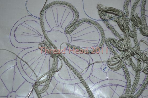 Como hacer dibujos apliques con cordoncillo crochet encaje - Como trabajar desde casa haciendo manualidades ...